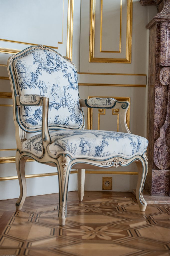 Salon Bleu Chateau Saint Georges