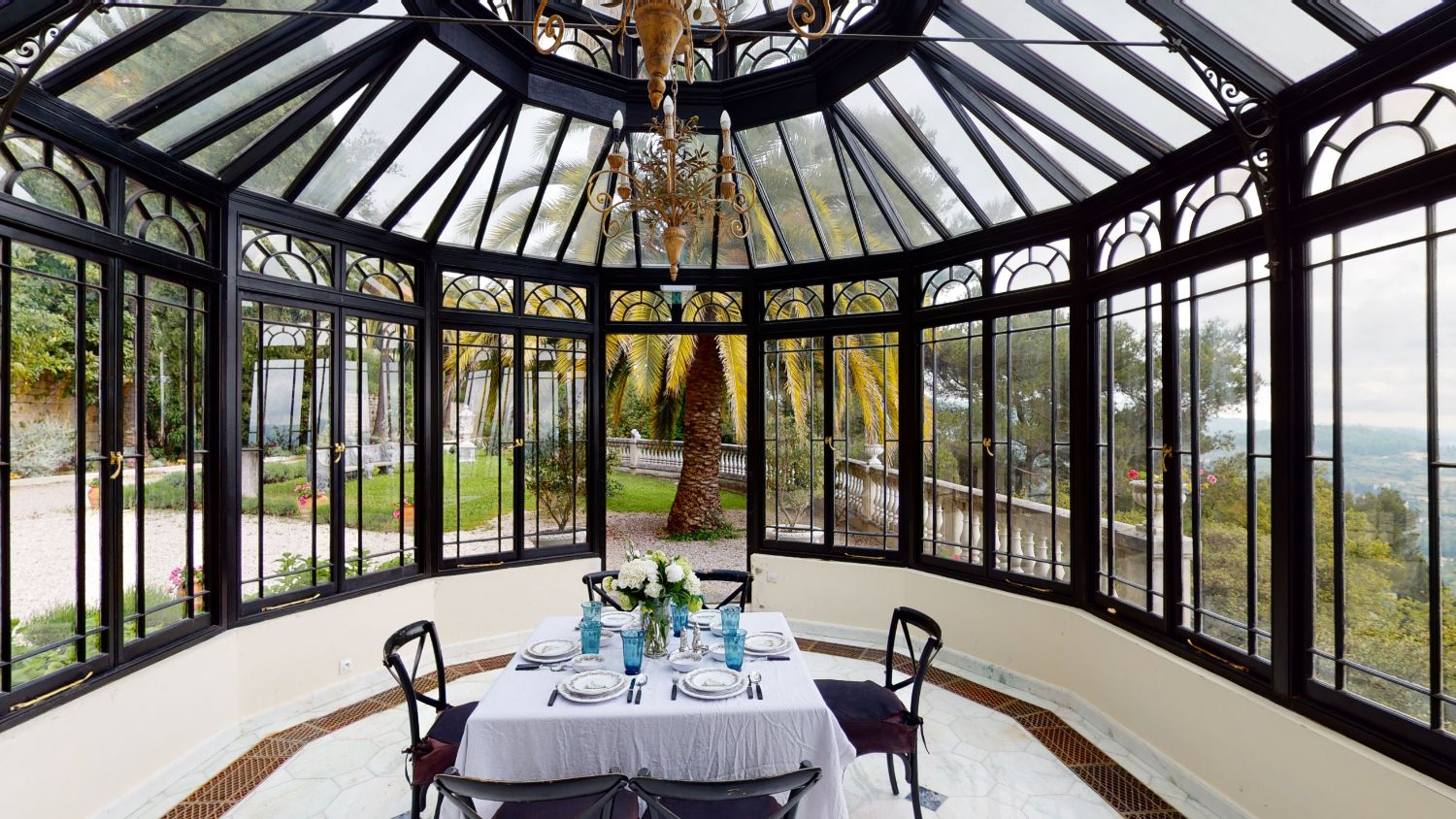 How To Choose The Perfect Venue For Your Luxury Retreat